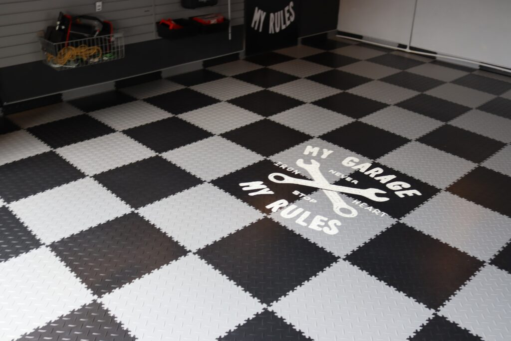 Garage/atelier, République tchèque